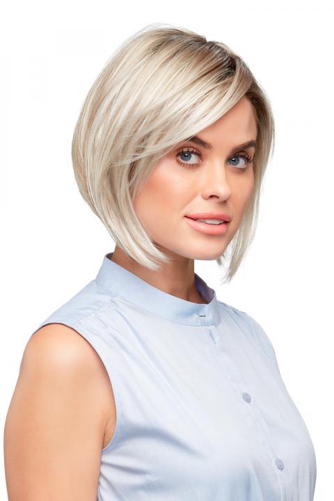 Victoria Synthetic SmartLace Wig